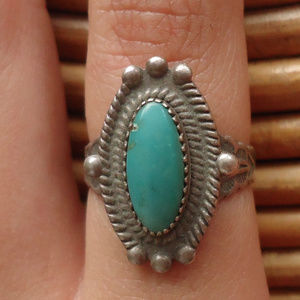 Mid Century Sterling & Turquoise Southwestern Ring